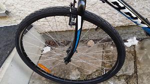 ccm endurance 700c road bike manual